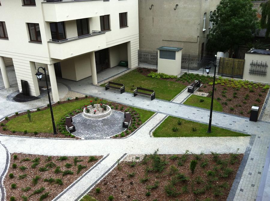 Aranżacja przyosiedlowego ogrodu
